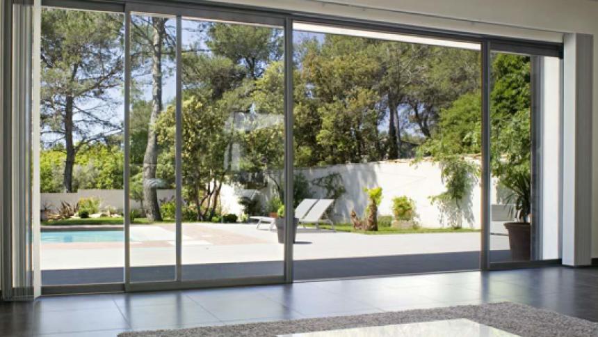 baies vitr es galandage de nombreux atouts. Black Bedroom Furniture Sets. Home Design Ideas